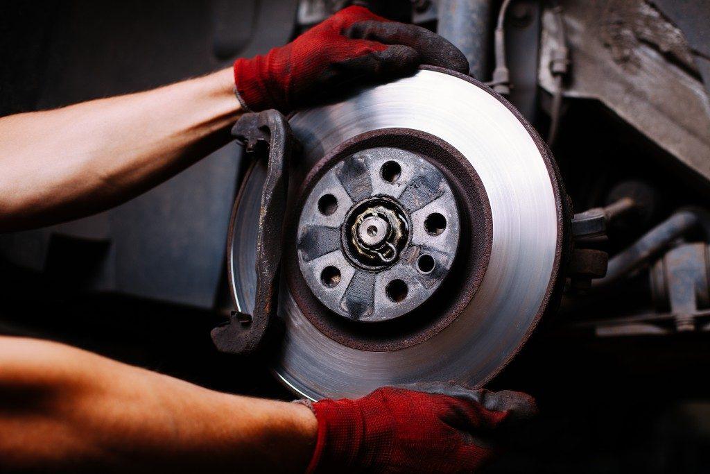 repairing a wheel