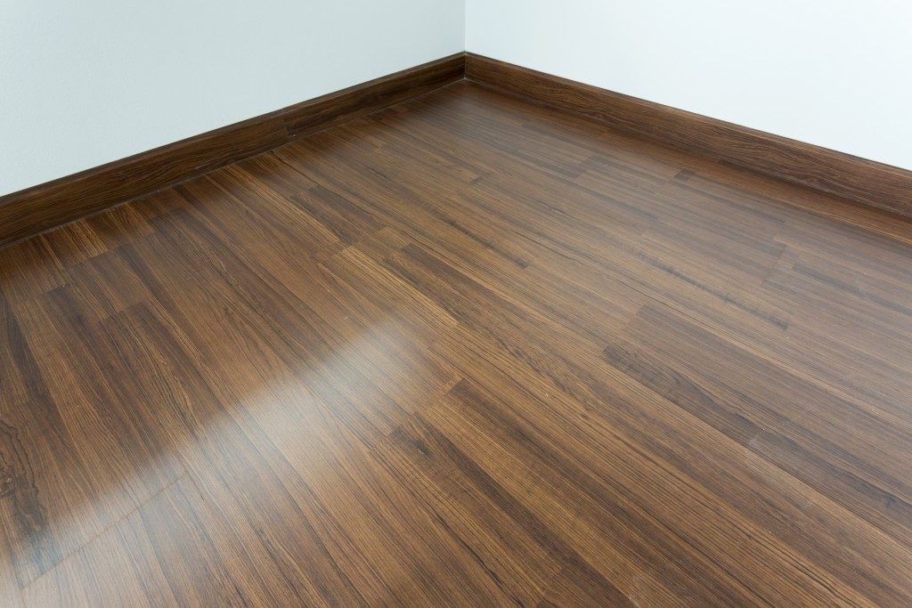laminate floor with wood design